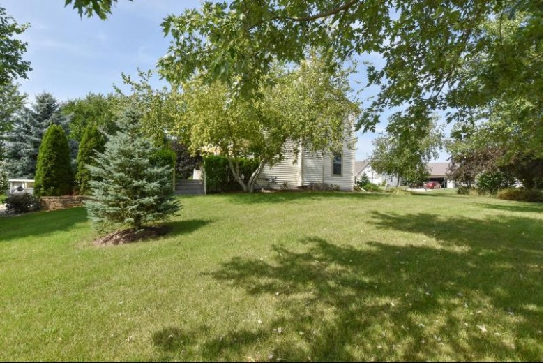 628 Woodland Cir, Waterford, WI by Shorewest Realtors, Inc. $299,900