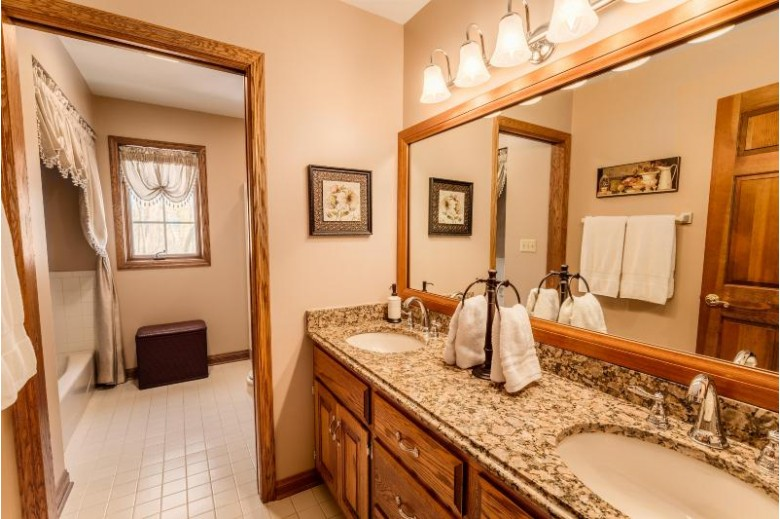 10920 N Wyngate Trace Mequon, WI 53092-5873 by Realty Executives Integrity~cedarburg $614,900