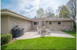 15325 W Glenora Ct, New Berlin, WI by Redefined Realty Advisors Llc $335,000