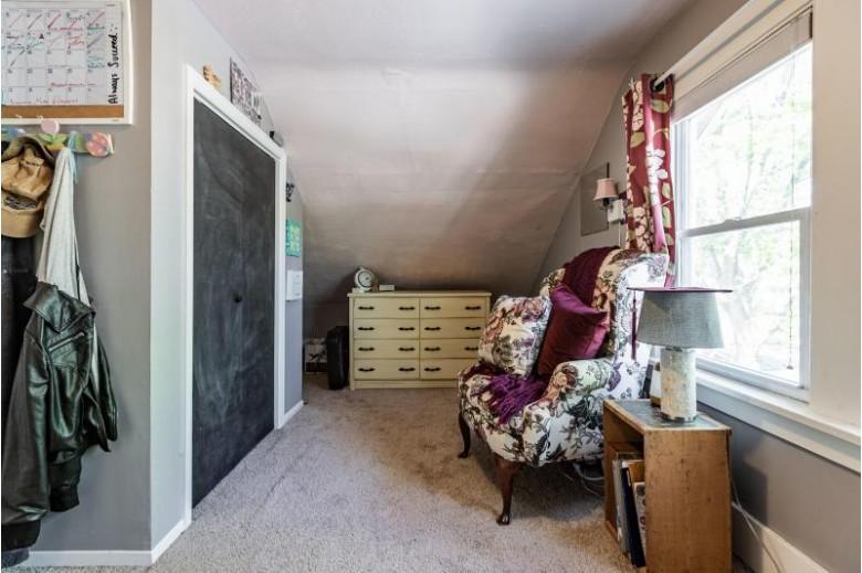 346 23rd St S La Crosse, WI 54601 by Castle Realty, Llc $134,900