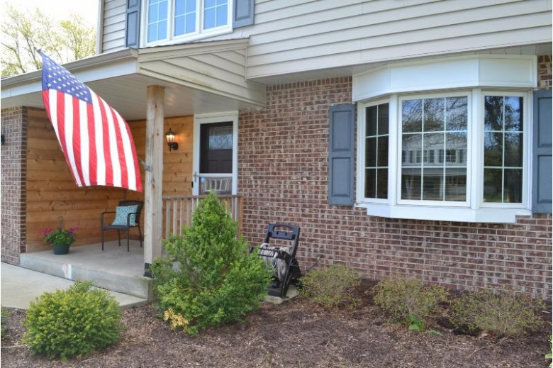 14965 W Glenora Ave, New Berlin, WI by Re/Max Legacy $309,900