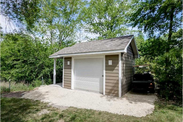 33402 117th St, Twin Lakes, WI by Redfin Corporation $397,500