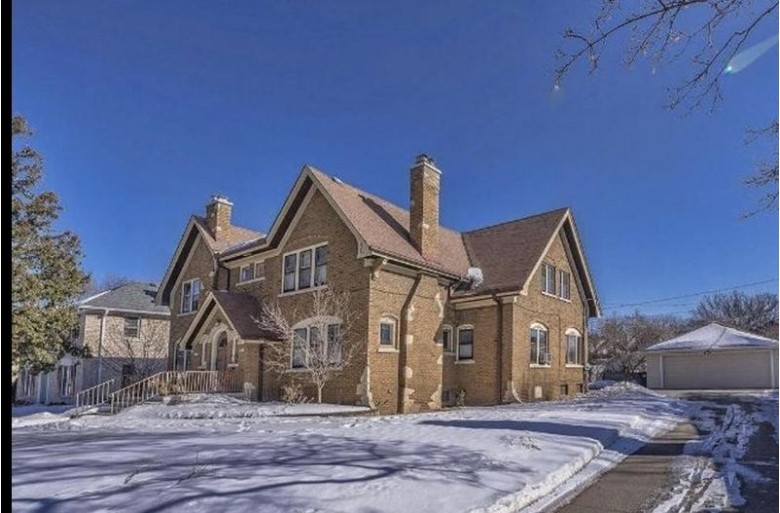 2034 Ludington Ave 2036 Wauwatosa, WI 53226-2716 by Non Mls $465,000