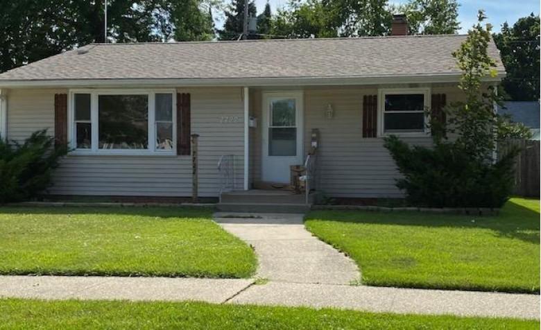 7722 38th Ave, Kenosha, WI by Exp Realty,llc~kenosha $188,000