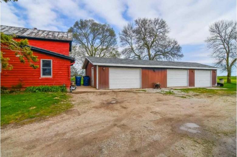 5231 Big Apple Road, De Pere, WI by Keller Williams Green Bay $149,900