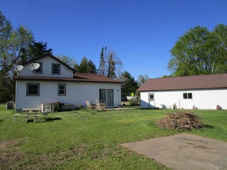 E5909 Evanswood Road Weyauwega, WI 54982-9539 by Shambeau & Thern Real Estate, LLC $99,900