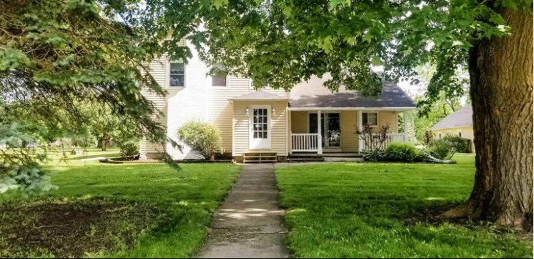 6647 Hwy 44, Pickett, WI by Roberts Homes and Real Estate $164,900