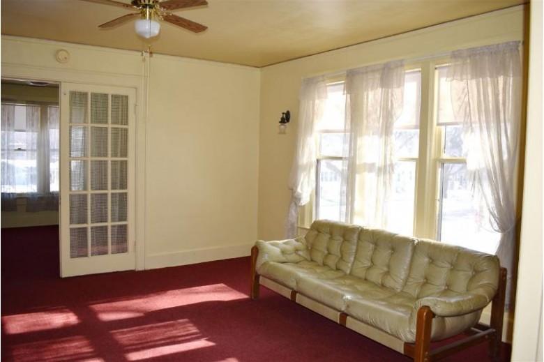 329 N Oakland Avenue, Green Bay, WI by Mark D Olejniczak Realty, Inc. $99,900