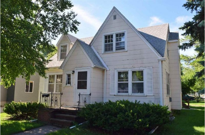 1035 W Packard Street, Appleton, WI by Coldwell Banker Real Estate Group $99,900