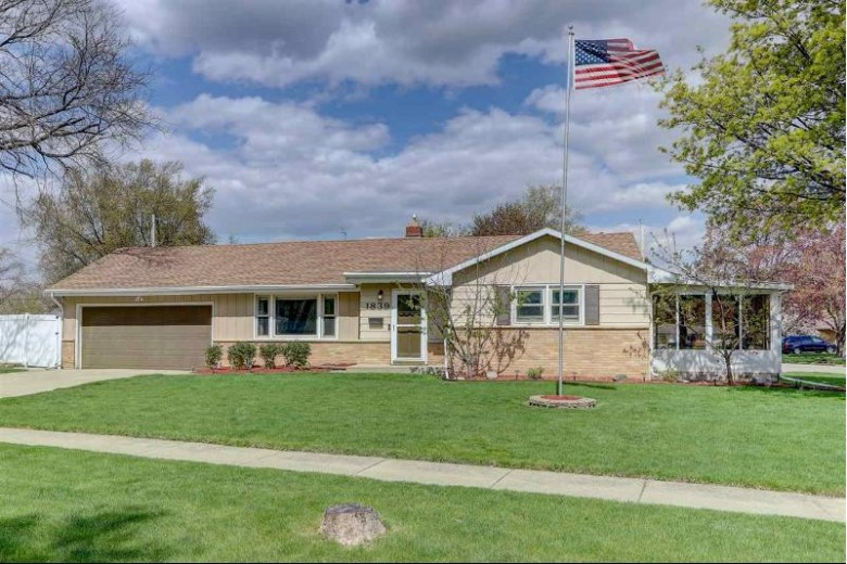 1839 S Hawthorne Park Dr, Janesville, WI by Keller Williams Realty Signature $175,000