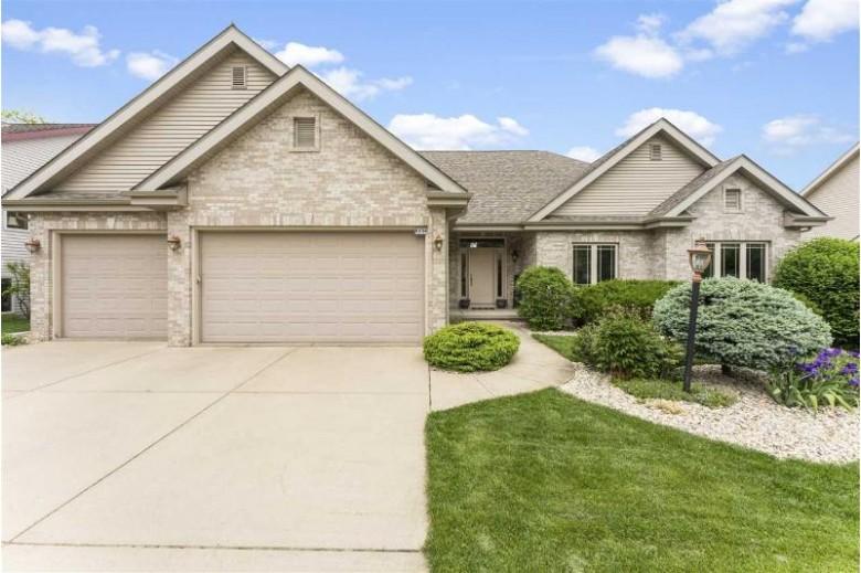 9634 Shadow Ridge Tr Middleton, WI 53562 by Mhb Real Estate $574,900