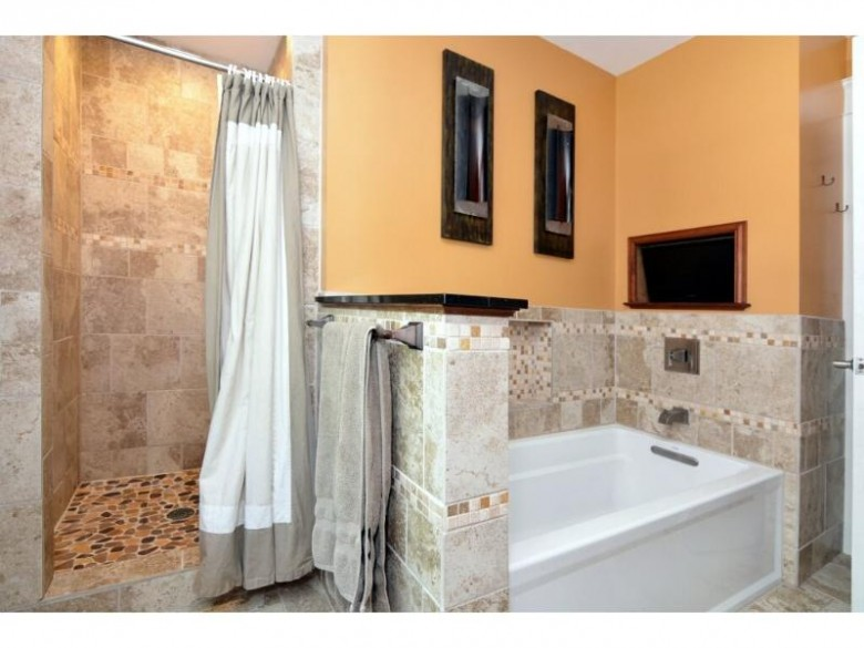 5306 Knightsbridge Rd, Madison, WI by Madcityhomes.com $299,900