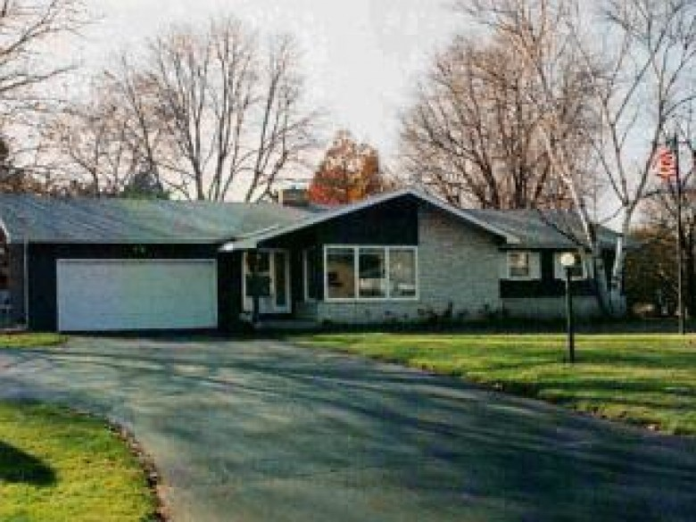 820 Bauer St, Wisconsin Dells, WI by Wisconsin Dells Realty $225,000