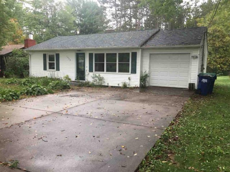 1408 Golf Club Road, Wausau, WI by Holster Management $124,900