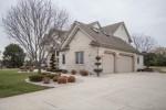 W292N3402 Summerhill Rd Pewaukee, WI 53072-3261 by Shorewest Realtors, Inc. $639,000