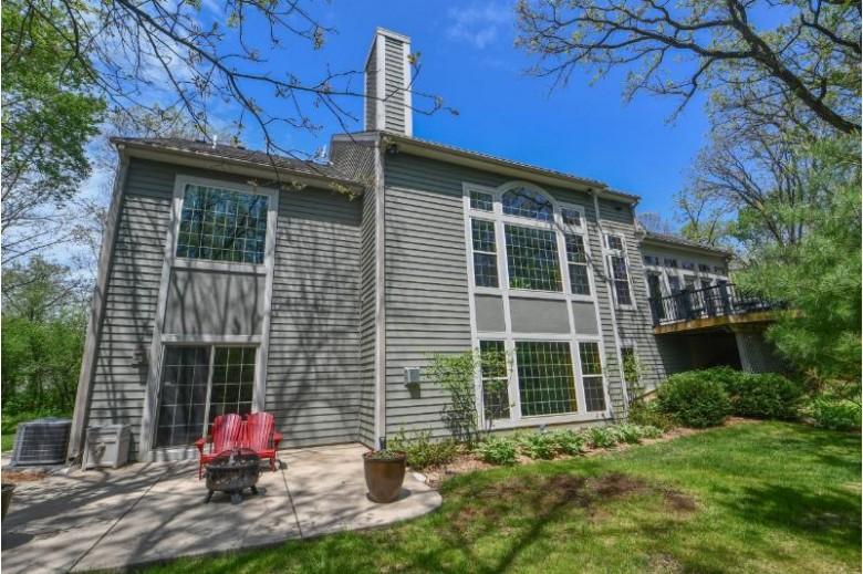 S62W35578 Burr Oak Ln Eagle, WI 53119-1245 by Shorewest Realtors, Inc. $689,900
