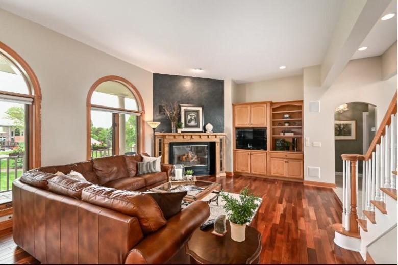W305N2881 Foxwood Ct Pewaukee, WI 53072 by Shorewest Realtors, Inc. $799,900