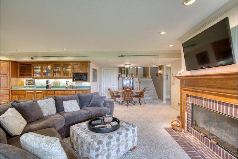 N24W30377 Crystal Springs Dr Pewaukee, WI 53072-4274 by The Real Estate Company Lake & Country $895,000