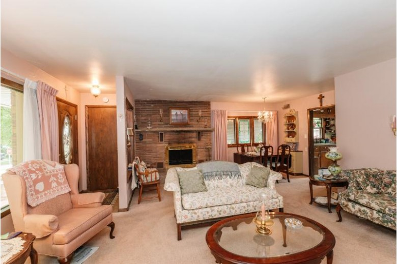 10428 W Vienna Ave, Wauwatosa, WI by Shorewest Realtors, Inc. $249,000