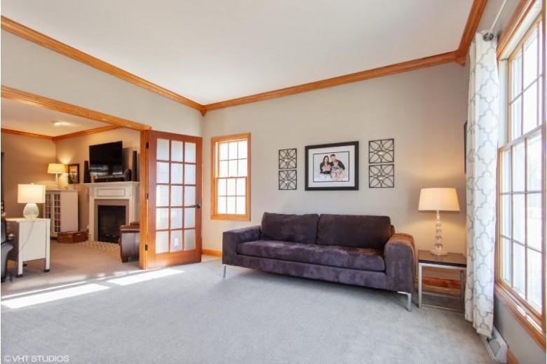 N30W6910 Lincoln Blvd, Cedarburg, WI by Realty Executives Integrity~cedarburg $485,000