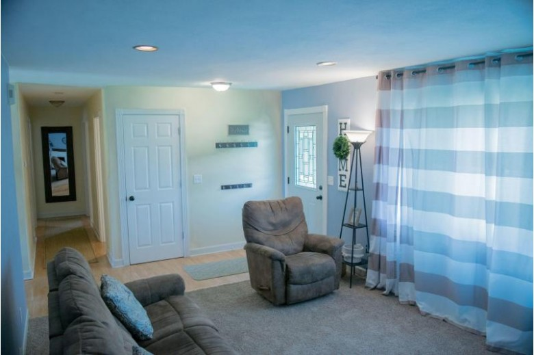 1337 Cooke Rd Neenah, WI 54956-1917 by First Weber Real Estate $199,900