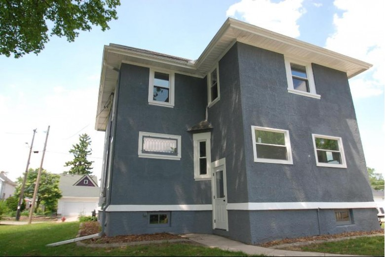 113 E Loos St Hartford, WI 53027-1813 by First Weber Real Estate $239,900