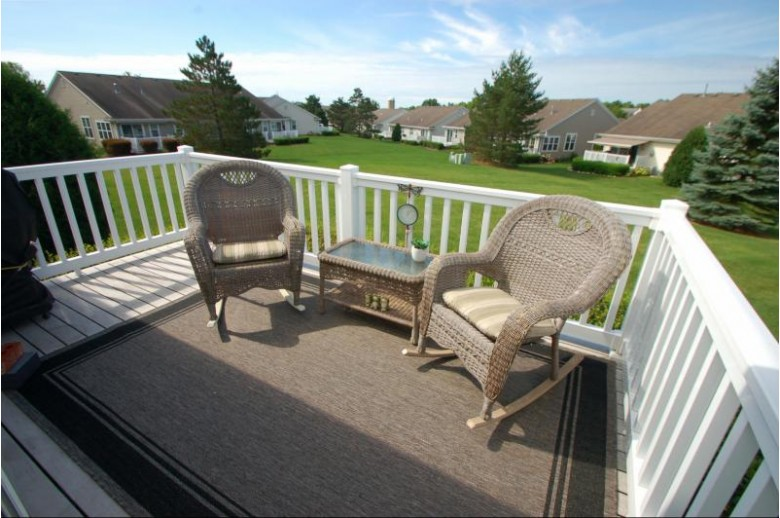 610 Ravenwood Ct B, Waterford, WI by First Weber Real Estate $259,900