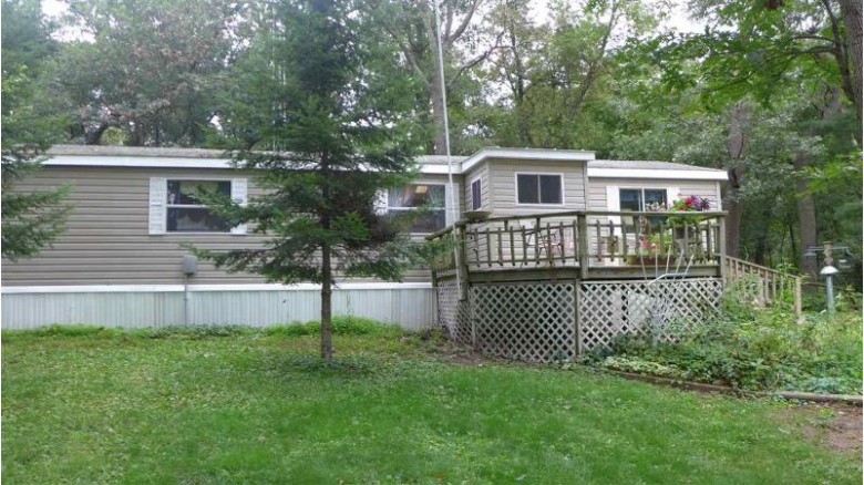 9758 5th Avenue Almond, WI 54909 by RE/MAX Lyons Real Estate $76,500