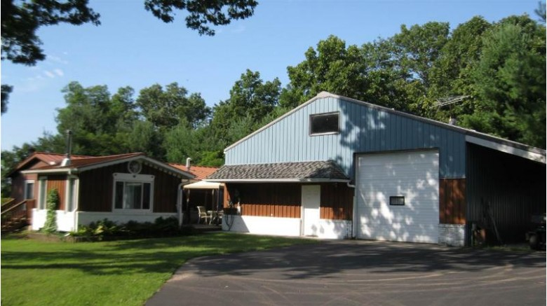 N3699 Ox Creek Rd Montello, WI 53949 by Cotter Realty Llc $217,500