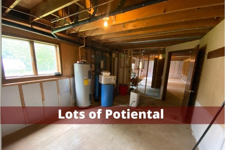 21137 Hwy 23, Mineral Point, WI by Re/Max Preferred $190,000