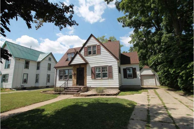 563 N Pearl St, Janesville, WI by Briggs Realty Group, Inc $119,900