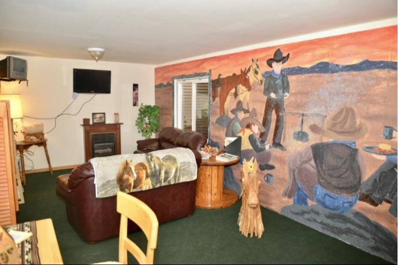 N830 Tamarack Rd, Palmyra, WI by Re/Max Realty Center $290,000
