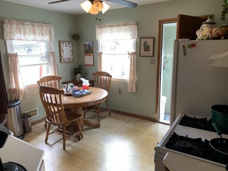 7874 N 78th St, Milwaukee, WI by Berkshire Hathaway Homeservices Metro Realty $127,000