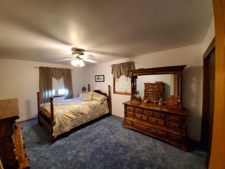 1721 47 Ave, Kenosha, WI by Realty Associates. Llc $399,900