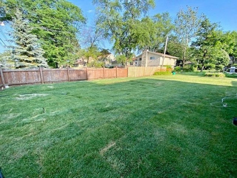 2712 N 117th Pl, Wauwatosa, WI by Realty Executives Integrity~brookfield $324,900