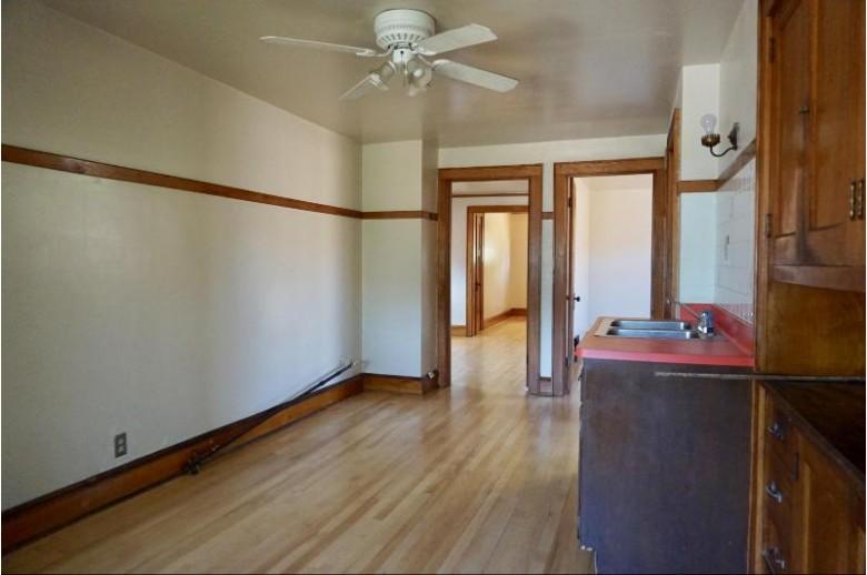 4070 N 15th St, Milwaukee, WI by Milwaukee Flat Fee Homes $115,000