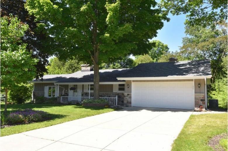 1729 16th Ave, Grafton, WI by Re/Max United - Port Washington $399,000