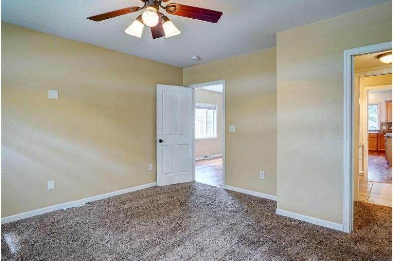 140 Randolph St, Burlington, WI by 1st Choice Properties $224,900