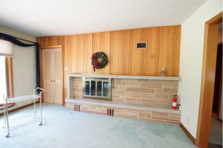5650 S Bonnie Ln, Hales Corners, WI by First Weber Real Estate $260,000