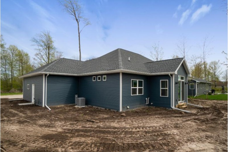 2722 Knuell St, Manitowoc, WI by Action Realty $339,900