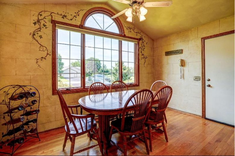N4250 Country Club Dr, Brodhead, WI by Re/Max Plaza $299,900