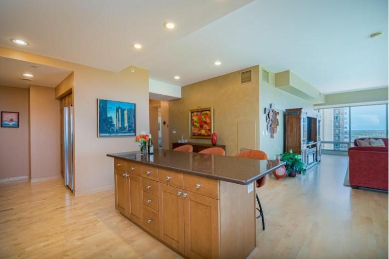 923 E Kilbourn Ave 1701, Milwaukee, WI by Cornerstone, Realtors $875,000