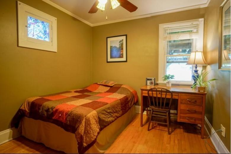 2452 N 65th St, Milwaukee, WI by Lake Country Flat Fee $299,900