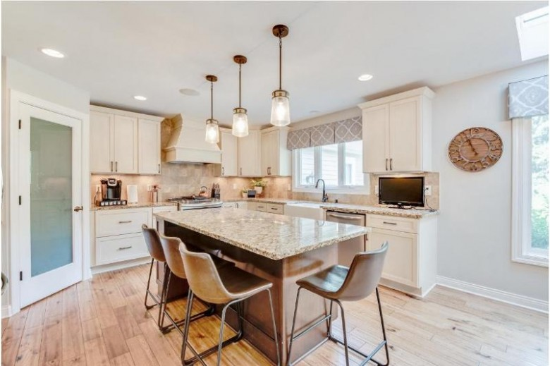 9943 N Otto Rd, Mequon, WI by Keller Williams Realty-Milwaukee North Shore $739,900