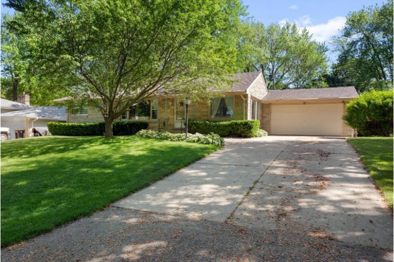 10435 W Concordia Ave, Wauwatosa, WI by Coldwell Banker Realty $314,900