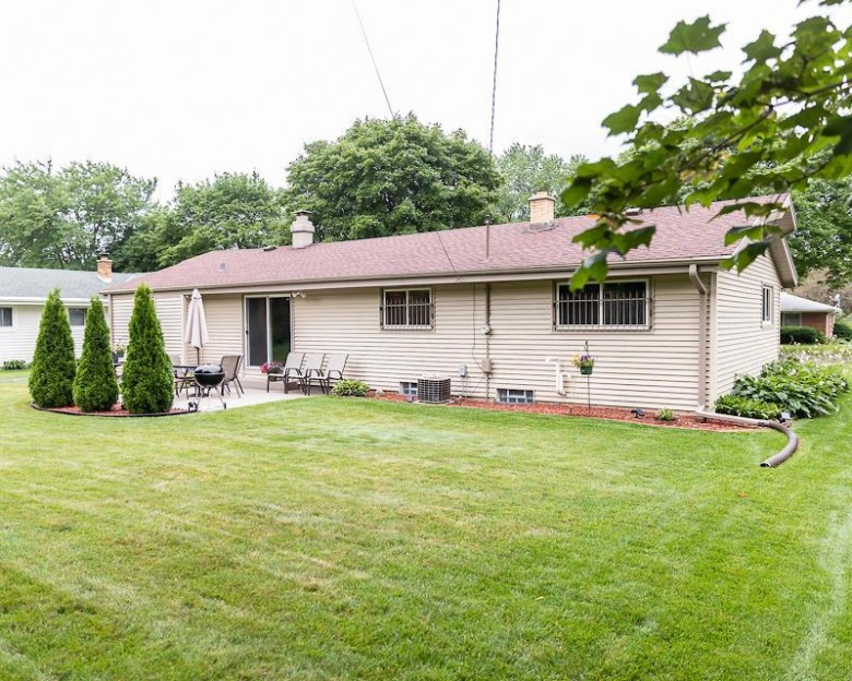 7488 N 90th St Milwaukee, WI 53224-4006 by First Weber Real Estate $185,000