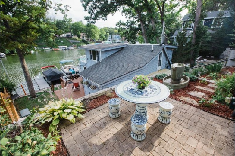 N52W34203 Gietzen Dr Okauchee, WI 53069 by First Weber Real Estate $649,900