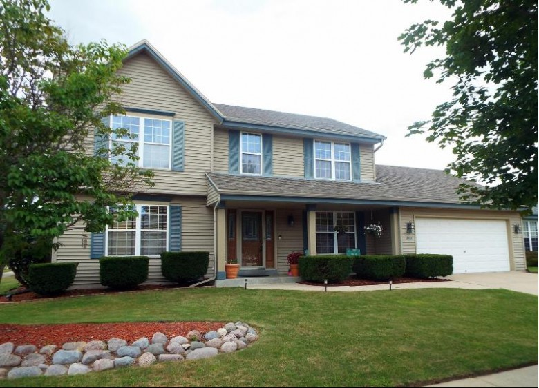 2122 Springbrook N Waukesha, WI 53186-1239 by Bluebell Realty $349,900