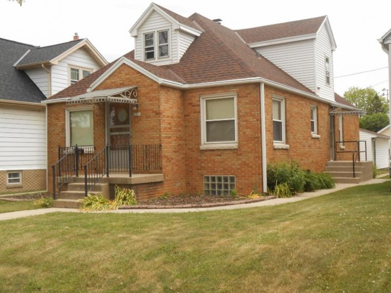 3316 S 19th St, Milwaukee, WI by Re/Max Realty 100 $174,900