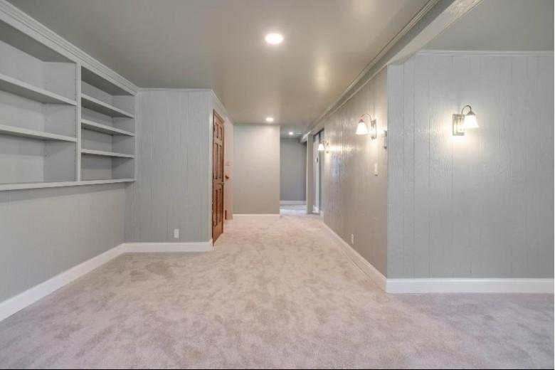 5622 Dorset Ave Racine, WI 53406-1140 by Re/Max Newport Elite $265,000